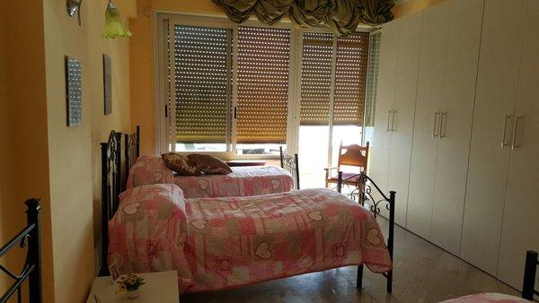 Vista interna di una camera dell'alloggio per anziani Giovanni Paolo II a Messina