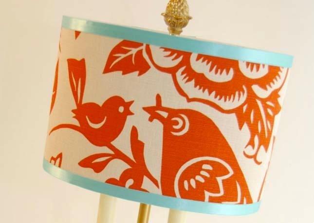 lampada con disegni stilizzati