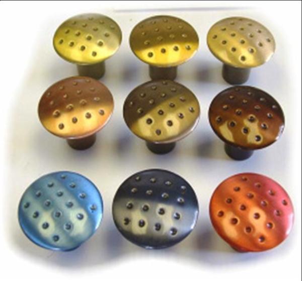 button colouring