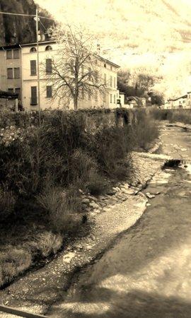 Foto antica della città Sondrio