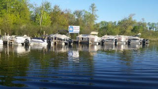 Power boat rental photo Spring Lake Marina Antioch, Illinois