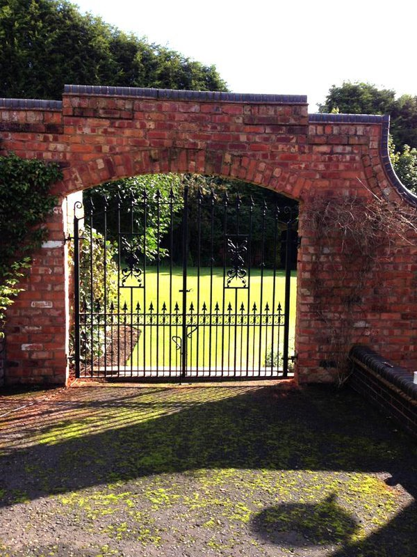garden entrance rod gate