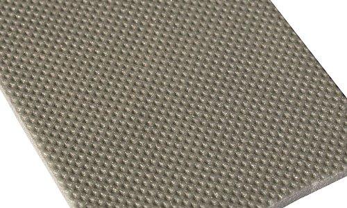 una lastra di cemento color beige scuro