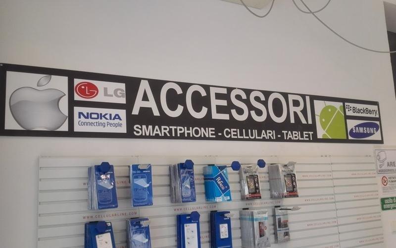 vendita accessori smartphone