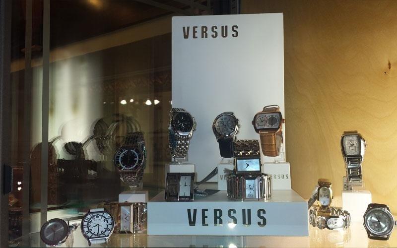 orologi Versus