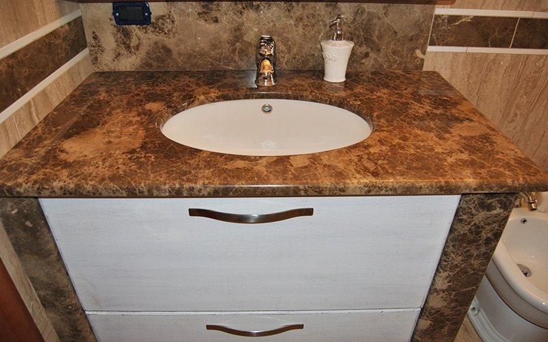 marmo a misura per bagni