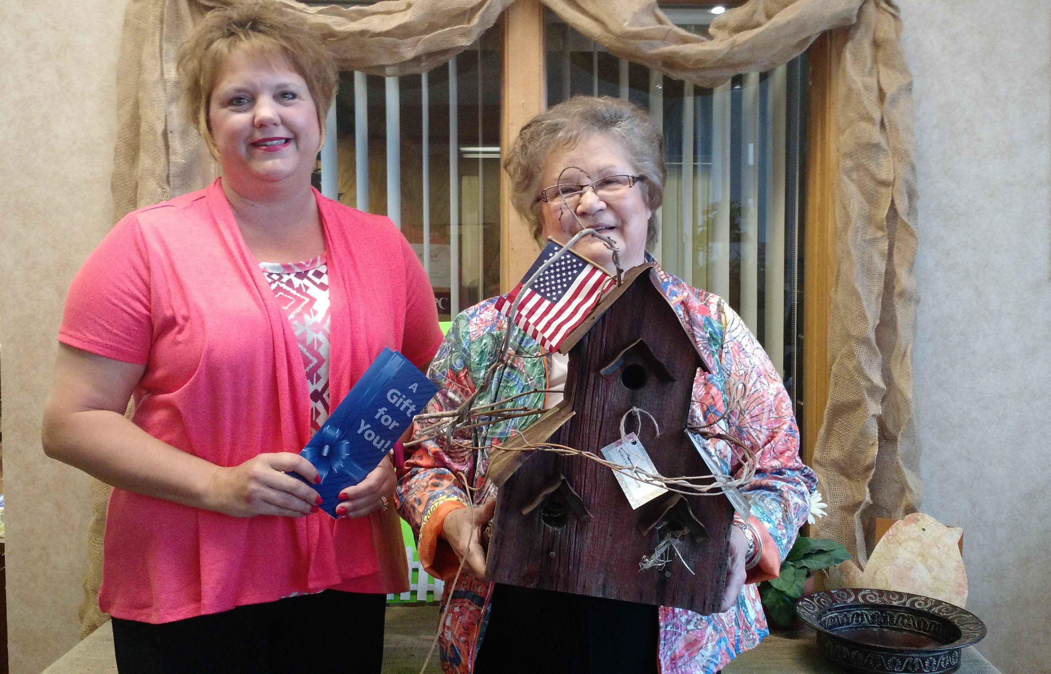 Kentland Bird House 1st Place Winner - Marlene