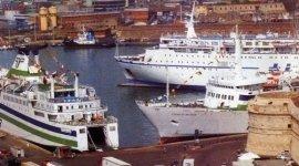 navi da crociera, porto civitavecchia, utf, taxi