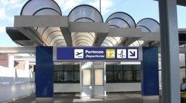 aeroporti e servizi aeroportuali, aeroporti, servizi al turismo