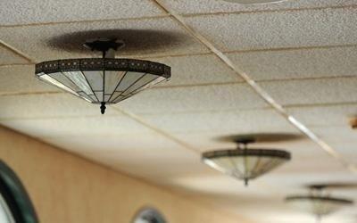 Plafoniere Neon Per Ufficio : Installazione sistemi di illuminazione per interni ed esterni