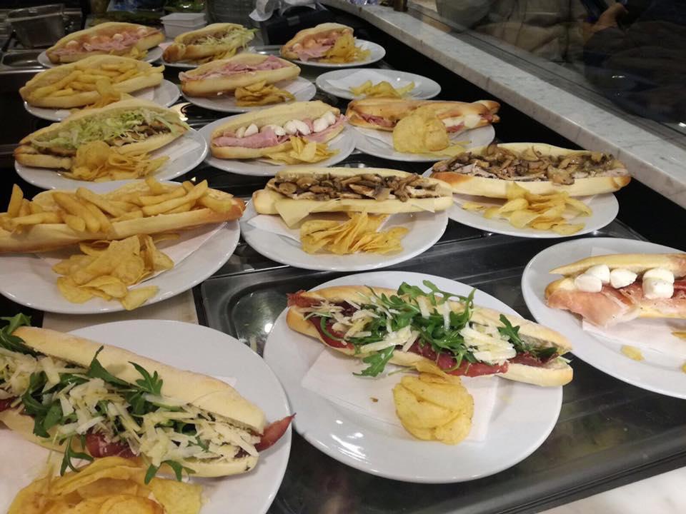 cento panini ristorante a Palermo (interno)