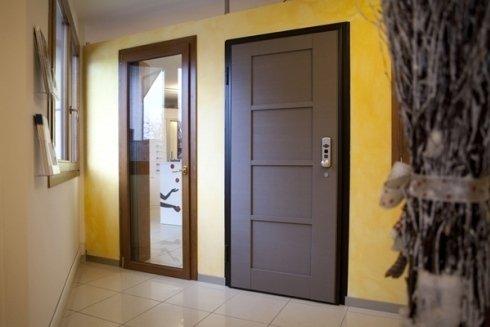 Realizzazione porte in legno