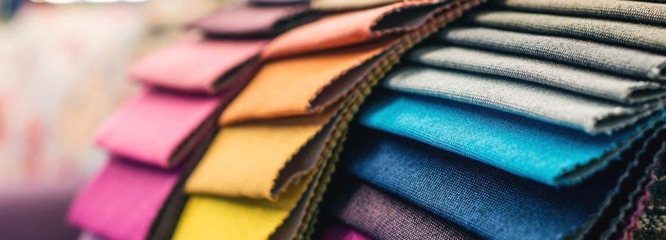 fabbriche di diversi colori
