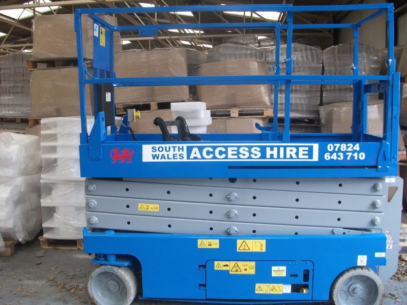 A scissor lift packed down