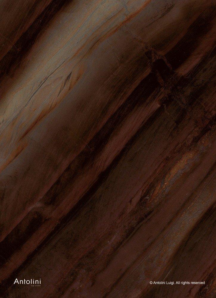 granito con varie sfumature di bordeaux