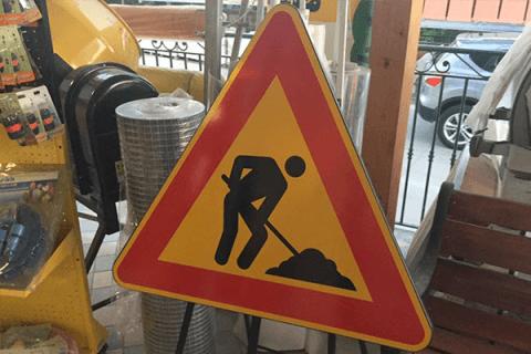 segnaletica e cartelli stradali