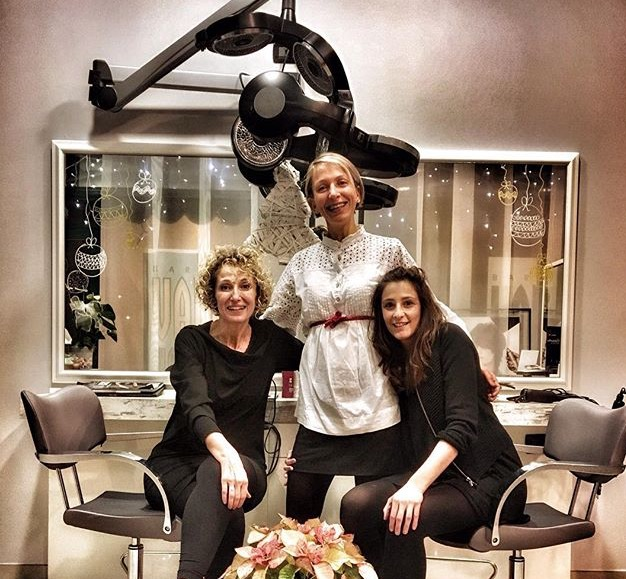 tre donne sorridenti