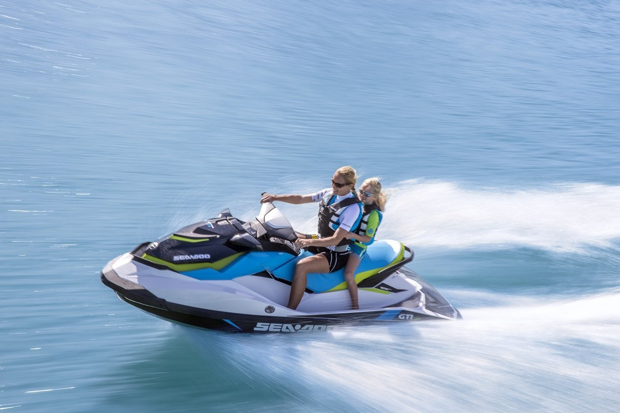 Young women using the jetsky