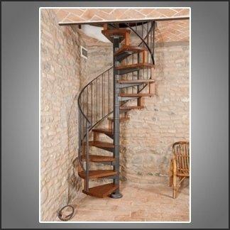 scala a chiocciola rustica