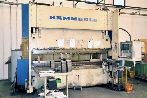 piegatura_Piegatrice Hammerle 3000