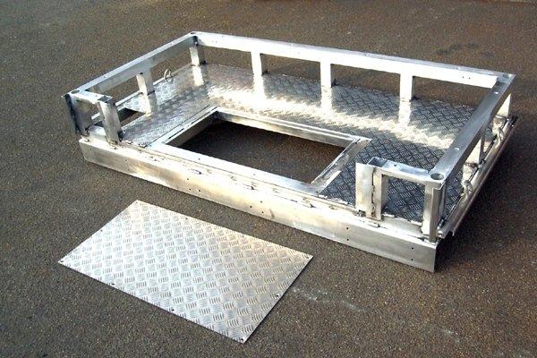 Basamento in Alluminio.jpeg