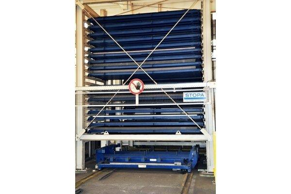taglio laser piano_Torre magazzino automatico lamiere