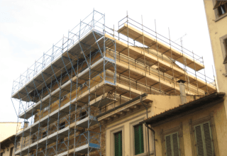 noleggio ponteggi, ponteggi tubo giunto, prefabbricati, castelli di tiro, platee, Firenze (FI), Toscana