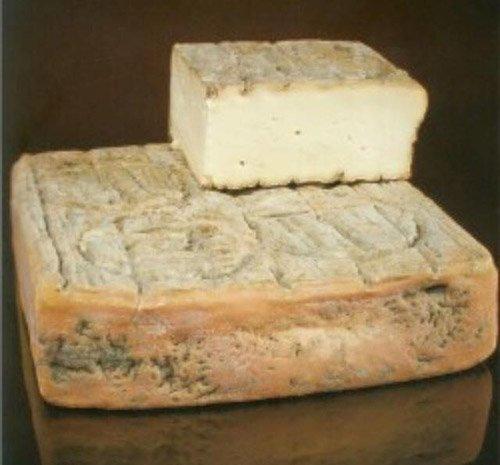 formaggio tipico