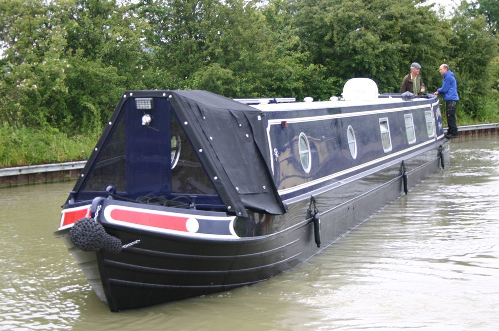 Narrow beam boat building