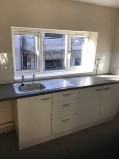 three window kitchen ventilation