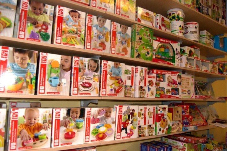 Giochi in legno verona giocattoli bambi for Accessori cucina giocattolo