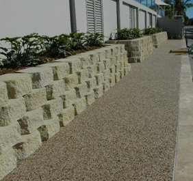 Natural looking outdoor paving and retaining wall