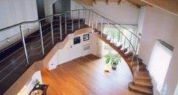 Progettisti d'interni, panoramica aerea scale