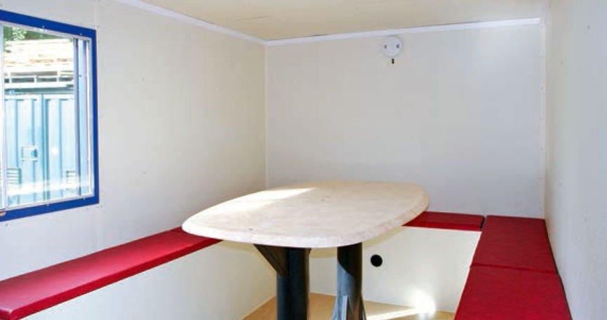 10 man welfare unit interiors