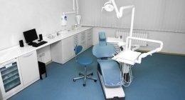 ambulatorio dentistico, dentista esperto, devitalizzazione denti