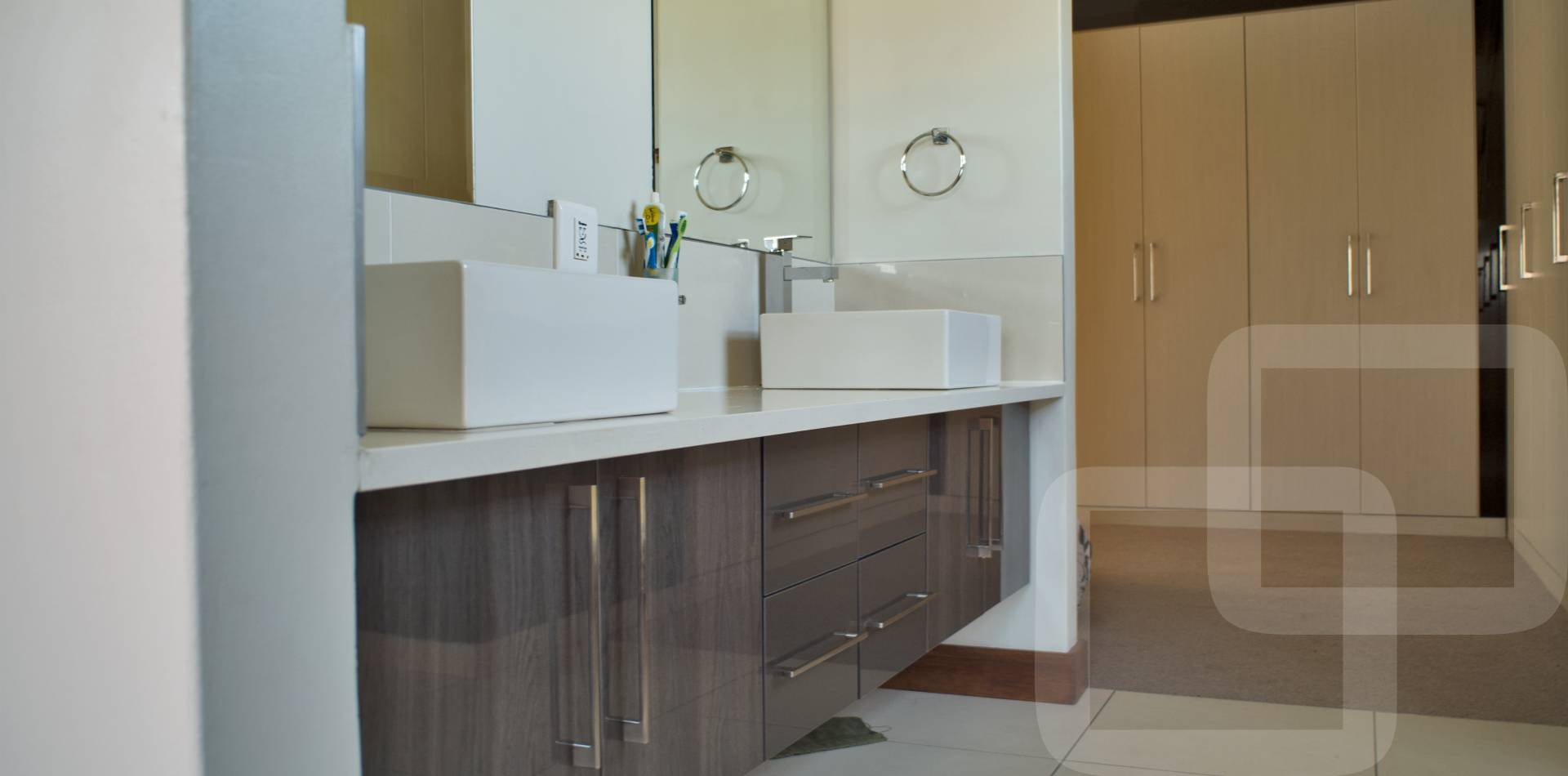 Kitchen designs affordable designer kitchens kitchen for Bathroom designs gauteng