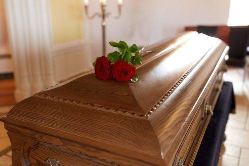 bara con rose rosse