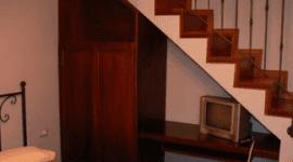 mobili con finiture a mano