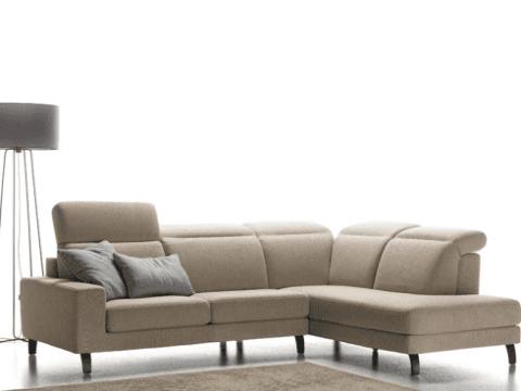 divano modello cornero sfoderabile
