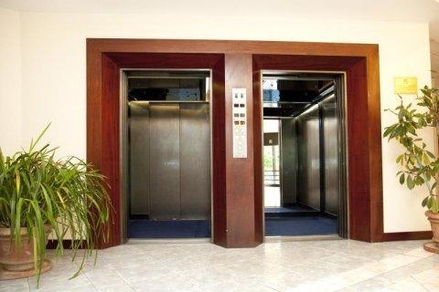 ascensori per alberghi