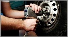 Reparatur von Autoreifen