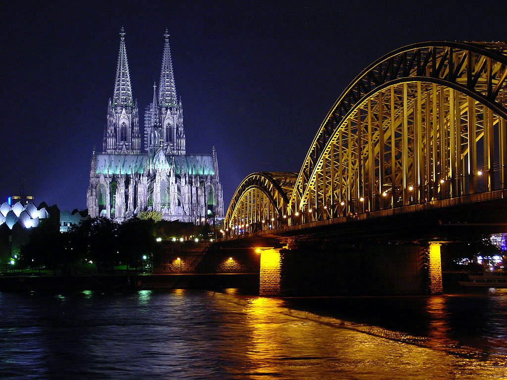Hotels near Cologne