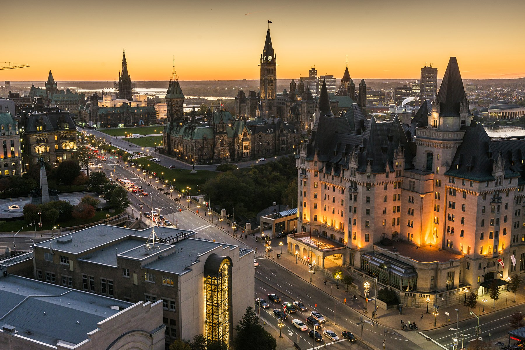Hotels near Ottawa