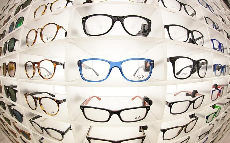 ampia scelta di occhiali
