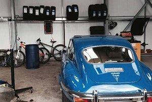 vintage car servicing