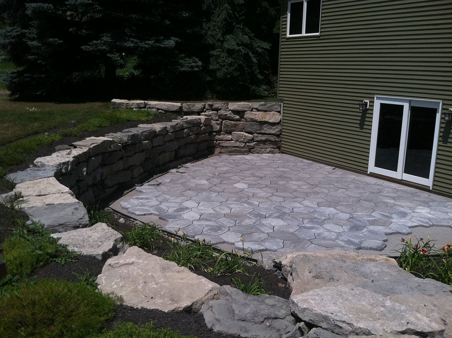 patio landscaping - Lockport, NY