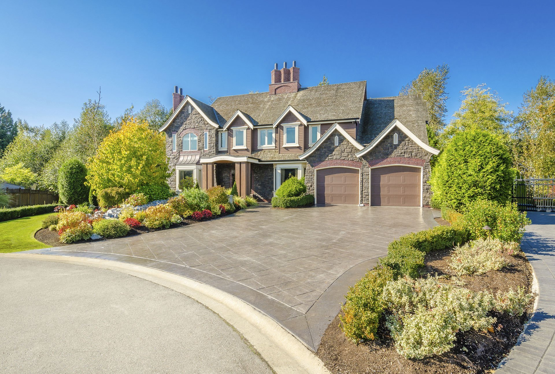 landscaping contractor - Amherst, NY