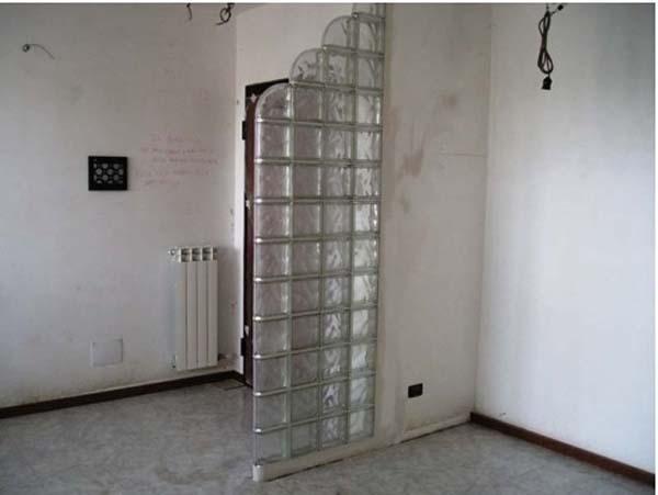 muro separatore in vetro