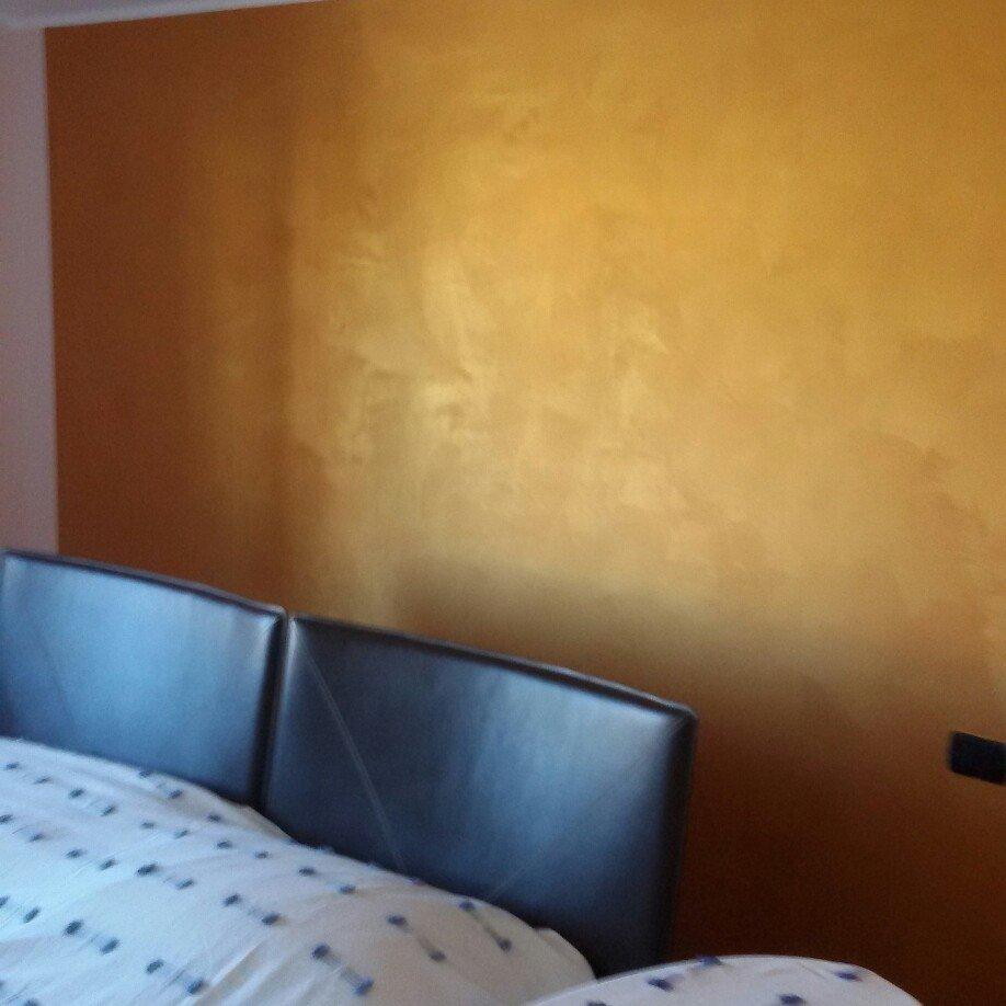 Trendy parete tinteggiata con gli effetti decorativi with - Effetti decorativi per pareti ...