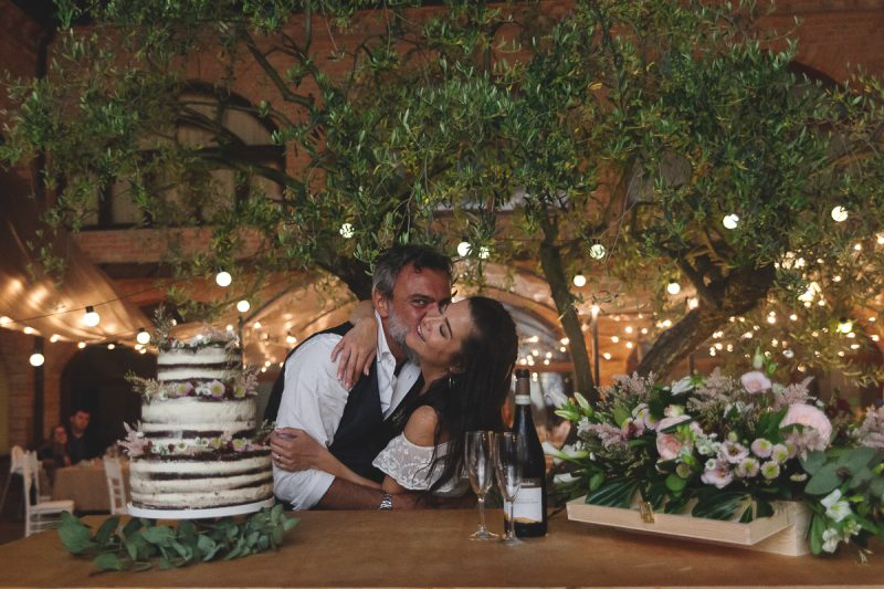 Matrimonio Rustico Piemonte : Silvia e gaetano u un matrimonio bohémien al relais la corte at